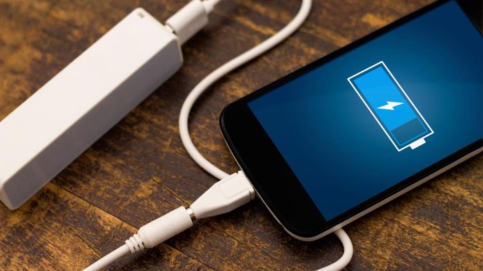 Is It Possible to Replace an IPhone Battery?