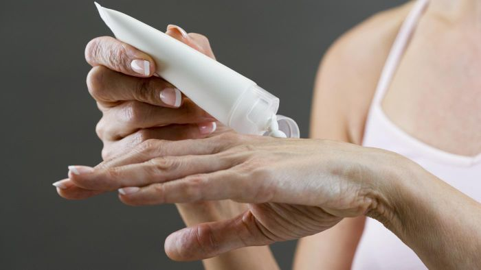 What Is the Treatment for Hand Eczema?