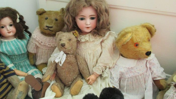 Are Old Dolls Expensive?
