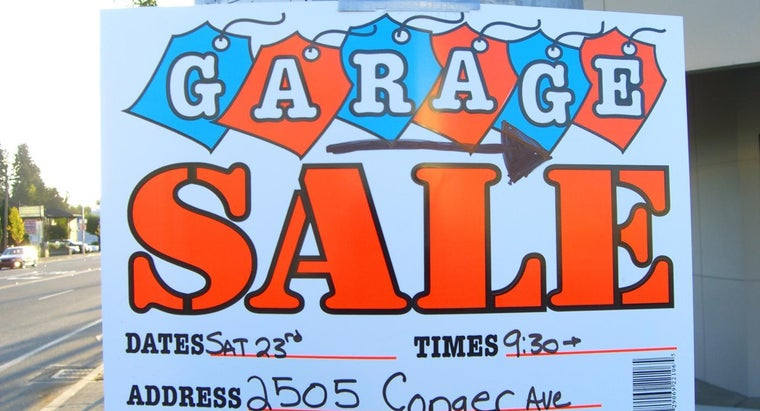 What Should Be Contained in an Online Garage Sale Ad?