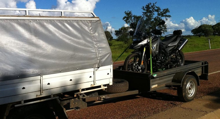 Is the Trailer Hitch Included for Free When Purchasing a Recreational Vehicle?