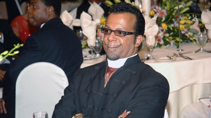 Who Is Carlton Pearson's Wife?