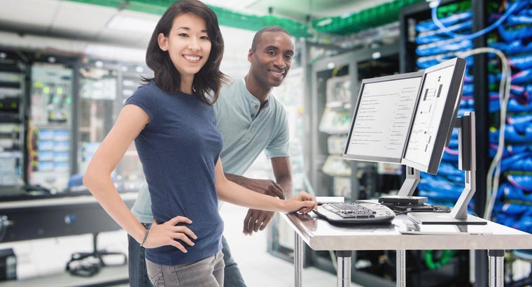 What Are Some Ways to Get Data Engineer Training?