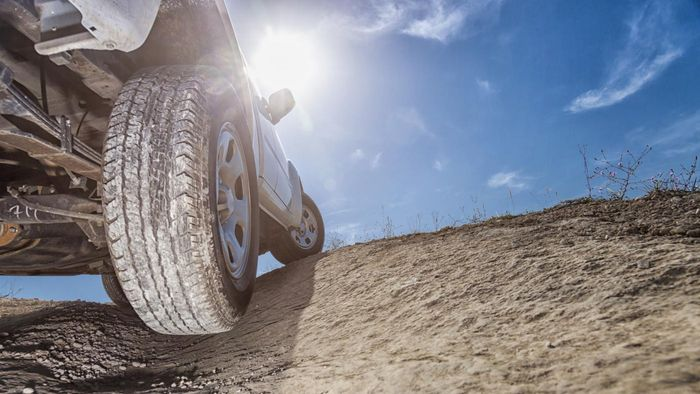 What Are Common Complaints About OEM Tires?