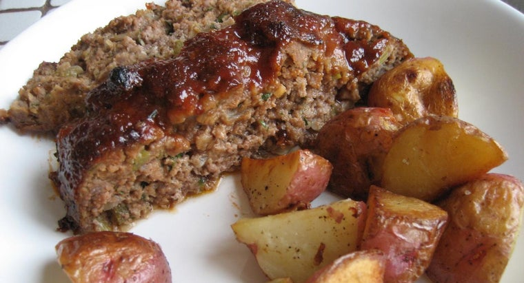 What Is a Simple Meatloaf Recipe?