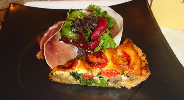What Is a Simple Recipe for a Basic Quiche?