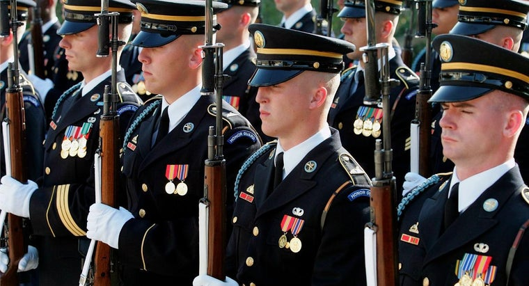 How Do You Become Part of the United States Army Honor Guard?
