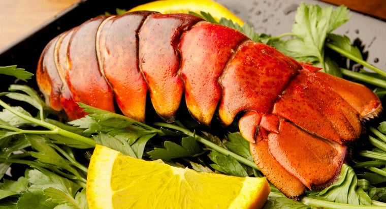 What Is a Good Recipe for Boiled Lobster Tail?