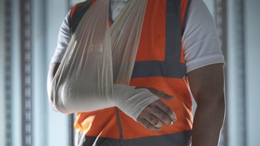 What Are the Symptoms of a Torn Muscle in Your Arm?