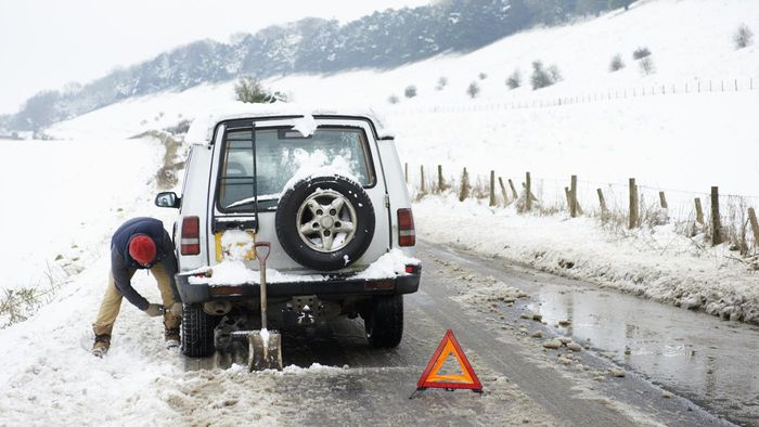 What Are the Benefits of Using Steel Rims With Winter Tires?