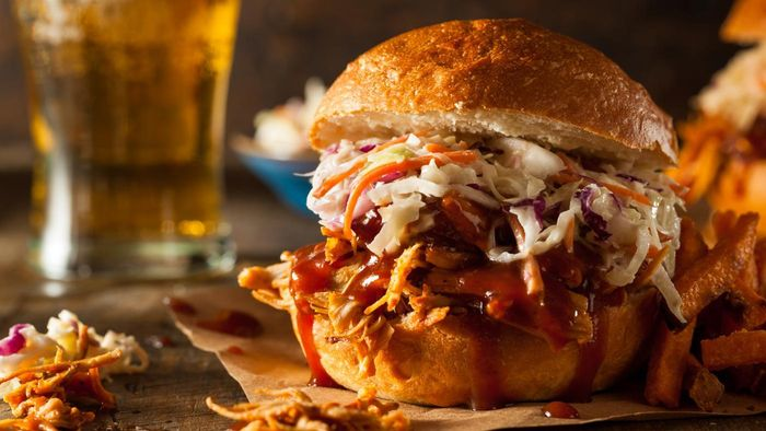 What Are Some Easy Recipes for Pulled Chicken?
