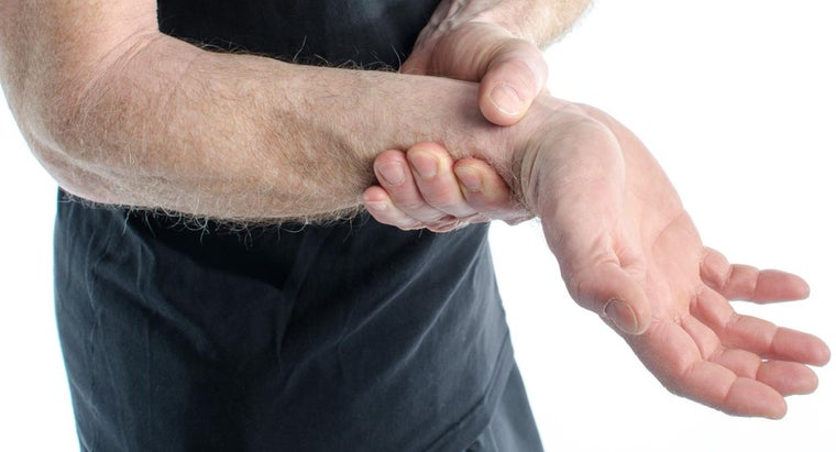 What Are the Symptoms of Severe Arthritis?