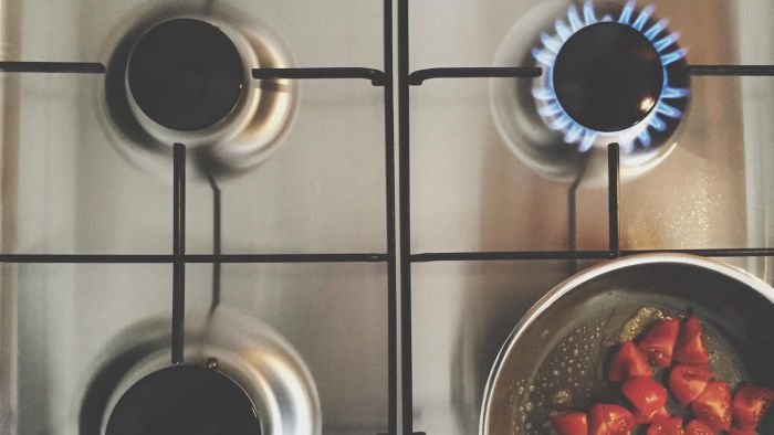 Where Can You Compare Prices of Old-Fashioned Gas Stoves?