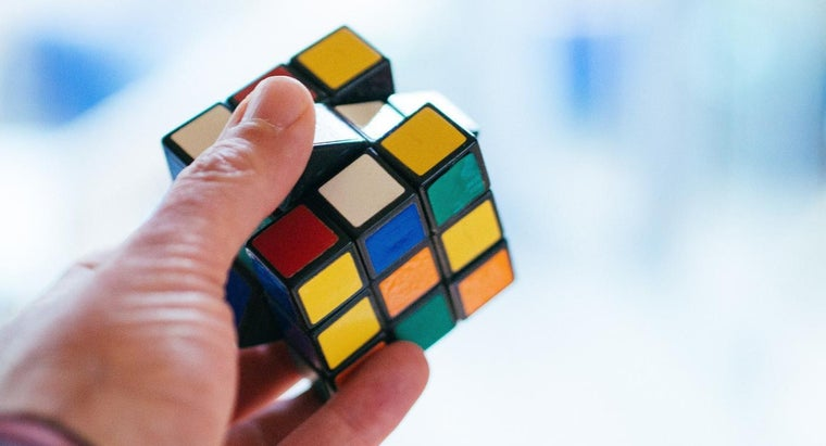 What Are Some Good Online Rubik's Cube Games?