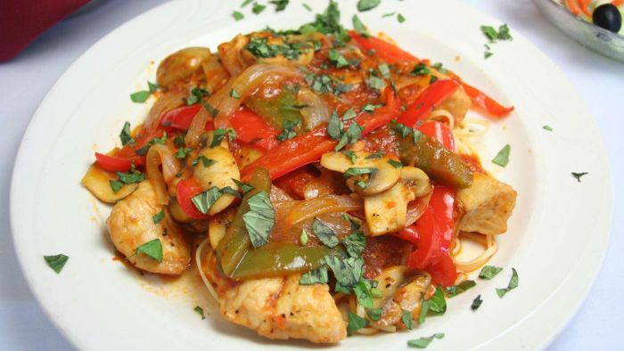 How Do You Make a Simple Chicken Cacciatore?