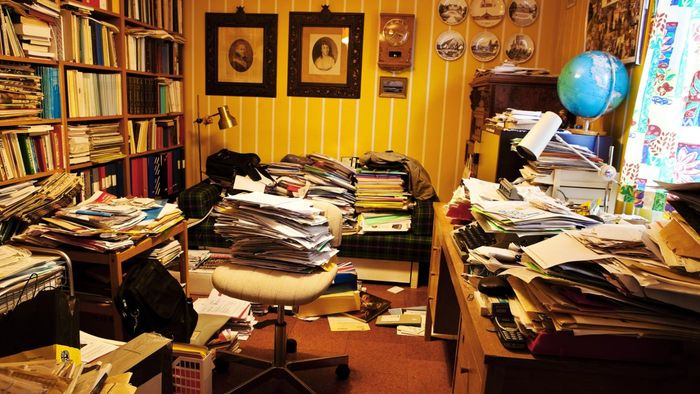 What are the signs of hoarding and how do you get help?