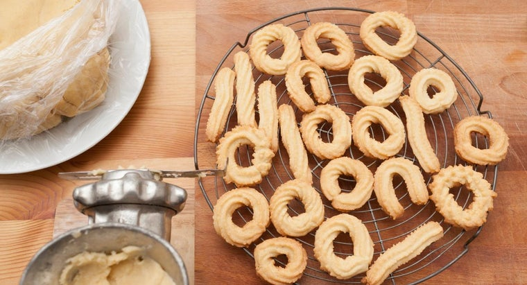 What Are Some Good and Basic Butter Cookie Recipes?