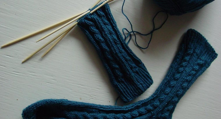 Where Do You Find a Chart on Knitting Needle Sizes?