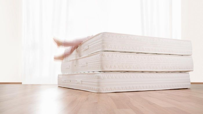 What Are Some Qualities of the Sealy Diamond Anniversary Mattress?