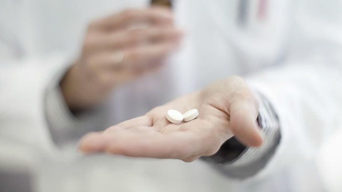 How Do You Identify a Pill by Its Imprints?
