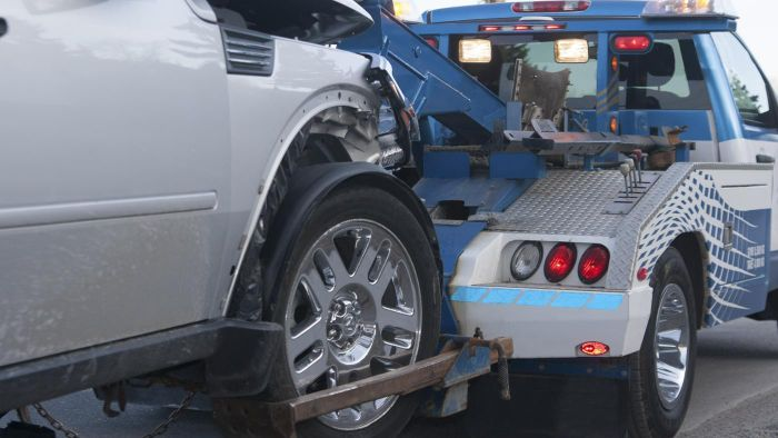 Where Can You Find Repossessed Tow Trucks for Sale?