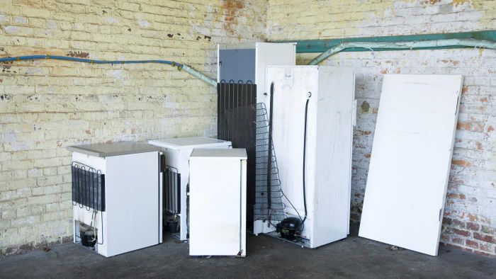 What Are Some Companies That Pick up Old Refrigerators for Recycling?