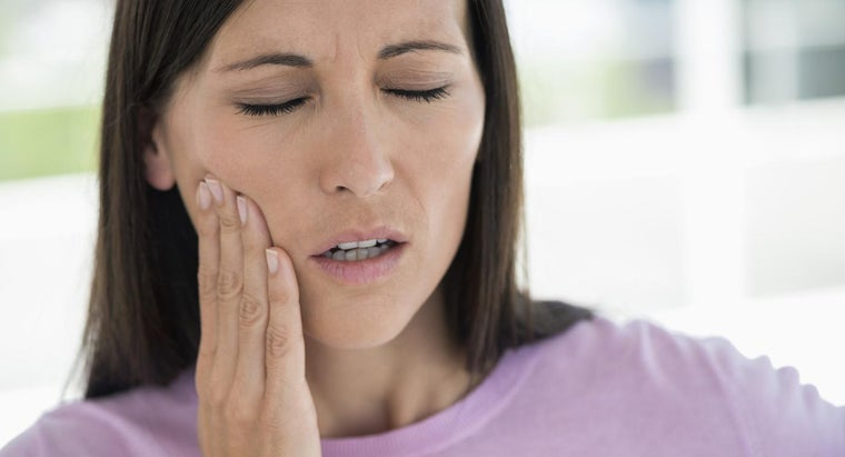 What Are the Symptoms of Trigeminal Neuralgia?