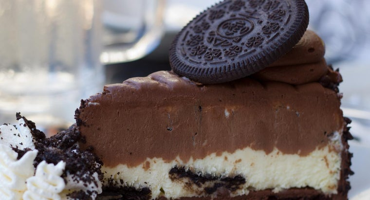 What Is an Easy Oreo Cake Recipe?