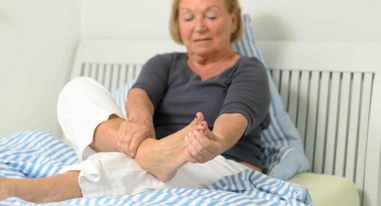What Causes Foot Pain at Night?