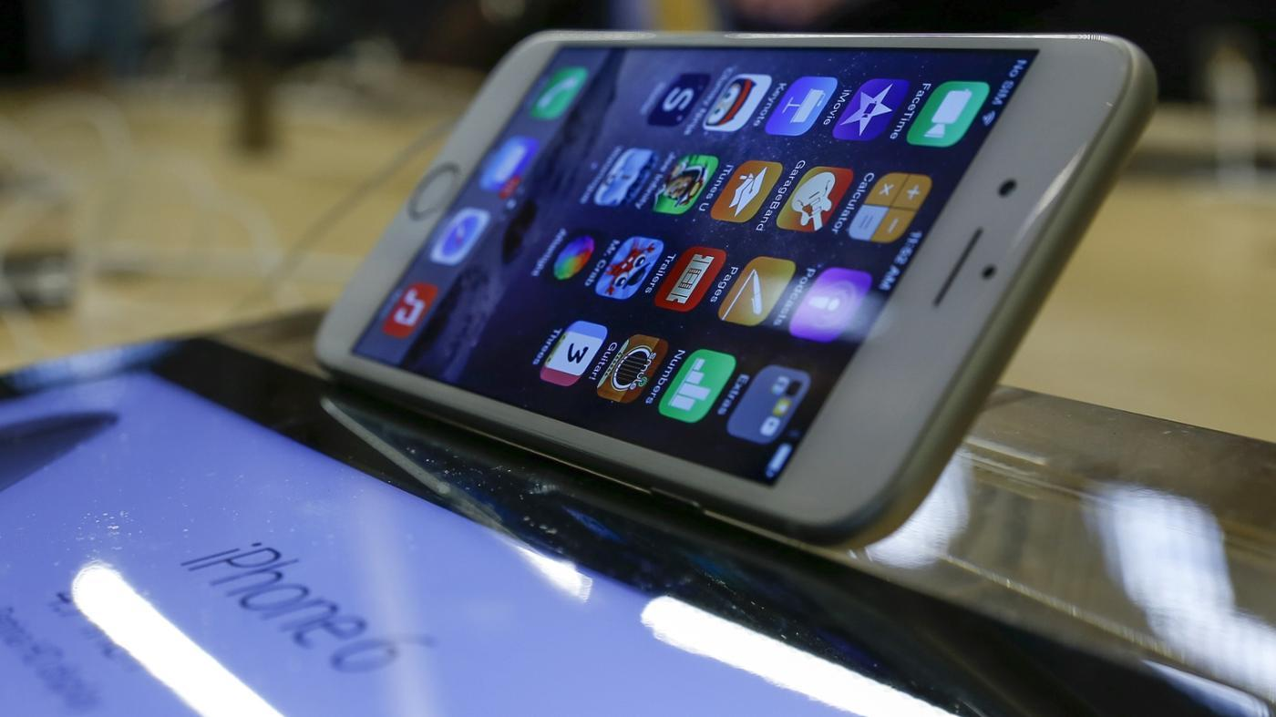 What Cell Phones Were Rated Best in 2014?