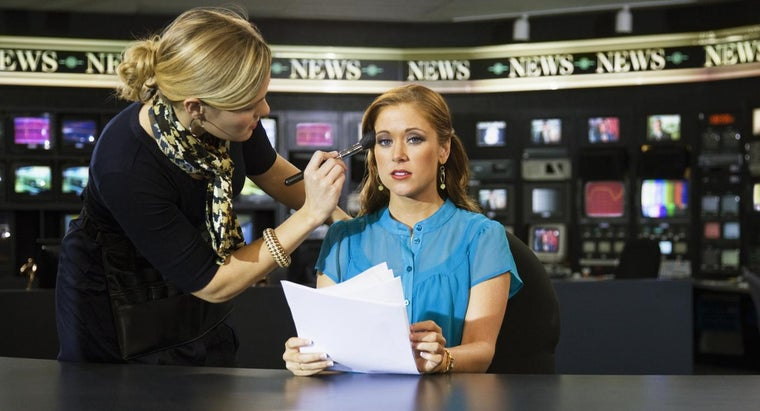 Who Are Some Famous Women News Anchors?