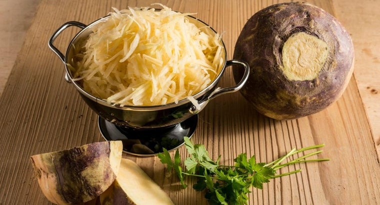 What Are Some Basic Recipes for Cooking Rutabagas?