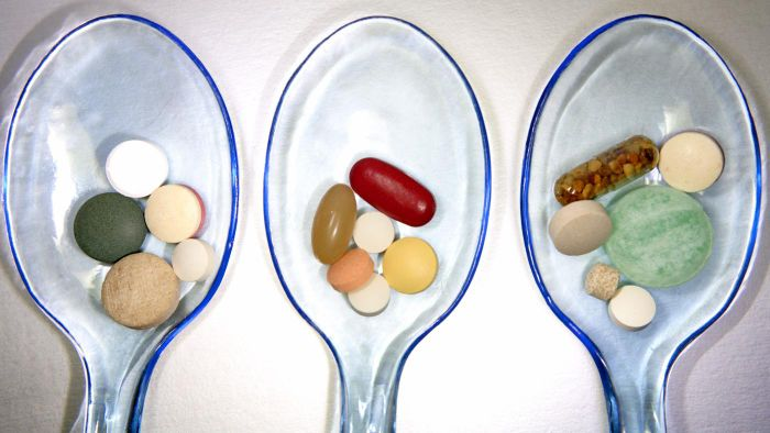 What Are Some Benefits of Multivitamins?
