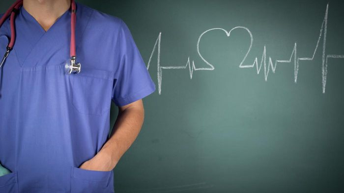 What Are Some Duties of an Advanced Practice Registered Nurse?