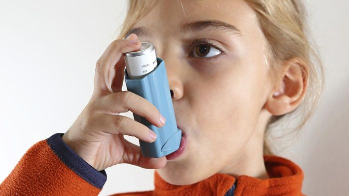 Are there any effective home treatments for kids with asthma?