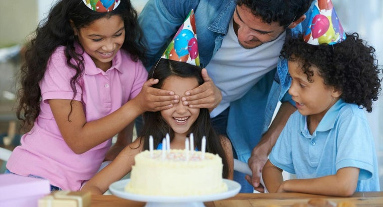 What Are Some Party Ideas for a 10-Year-Old Girl?