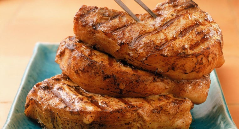 What Is a Good Recipe for Ranch Pork Chops?