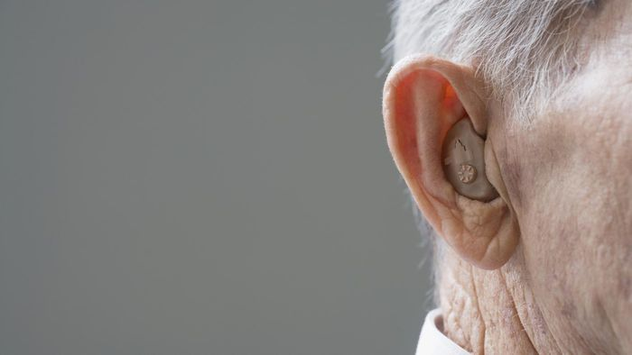 What are the typical complaints made about hearing aids?