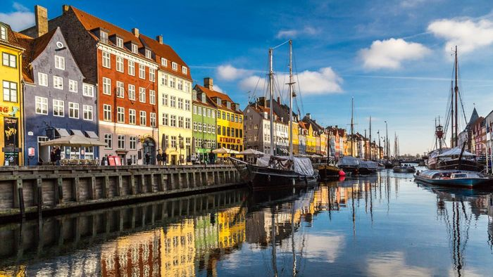 What Are Some Popular Hotels in Copenhagen?