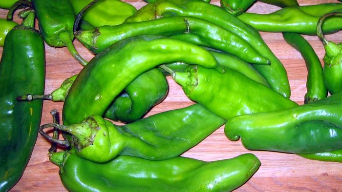 What is an easy recipe that uses green chiles?