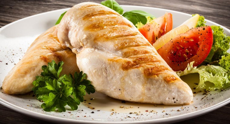 What Are Some Simple Recipes for Cooking Chicken Breast?