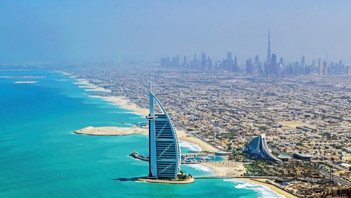 What Are Some Five-Star Hotels in Dubai?