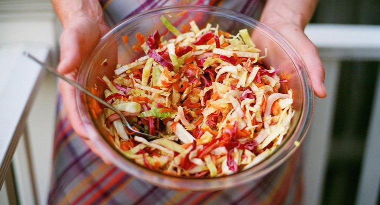 How Do You Prepare the Best Coleslaw Dressing?