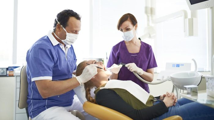 What Are the Best Websites for Searching for Available Dental Positions?