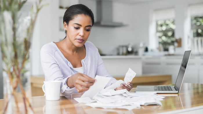 What bills can you pay online with a Capital One account?