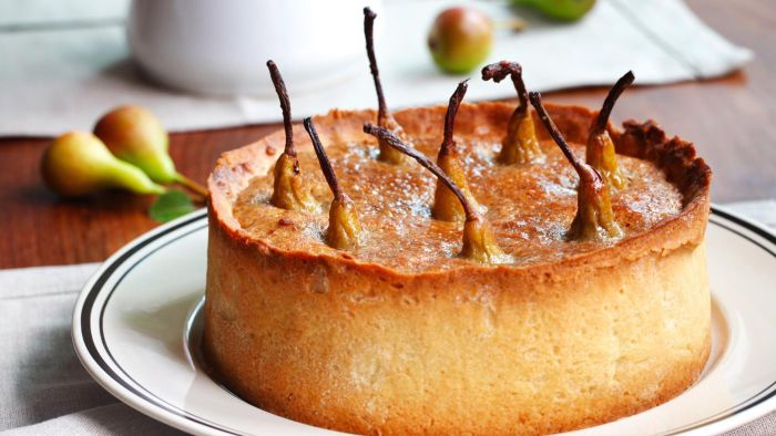 Where Can I Find Some Good Recipes for Making a Fresh Pear Cake?