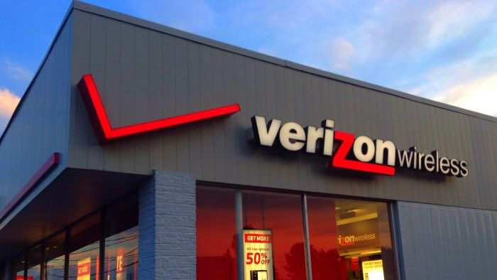 How Do You Transfer Contacts on Verizon?