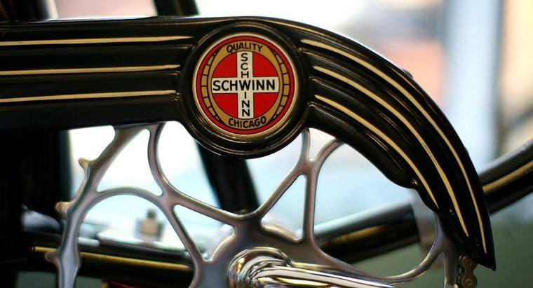 How Do You Locate Parts Catalogs and Owner's Manuals for Older Schwinn Models?