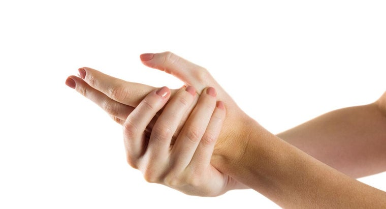 How Do Doctors Determine the Cause of Numbness in Your Fingers?