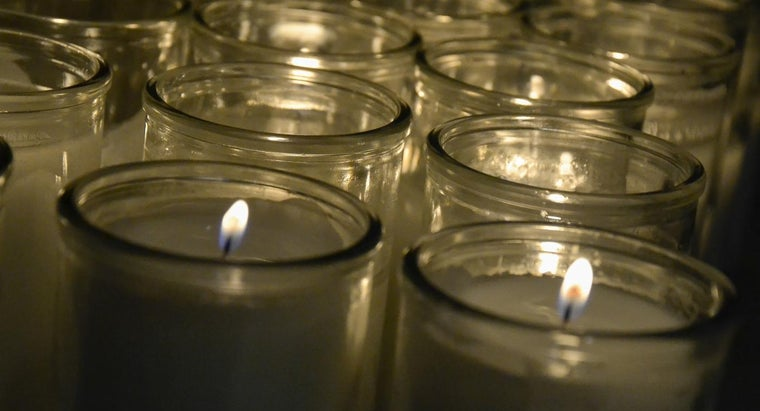 What Are Some Catholic Prayers for the Dead?